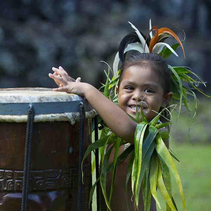 What language do Tahitians speak?