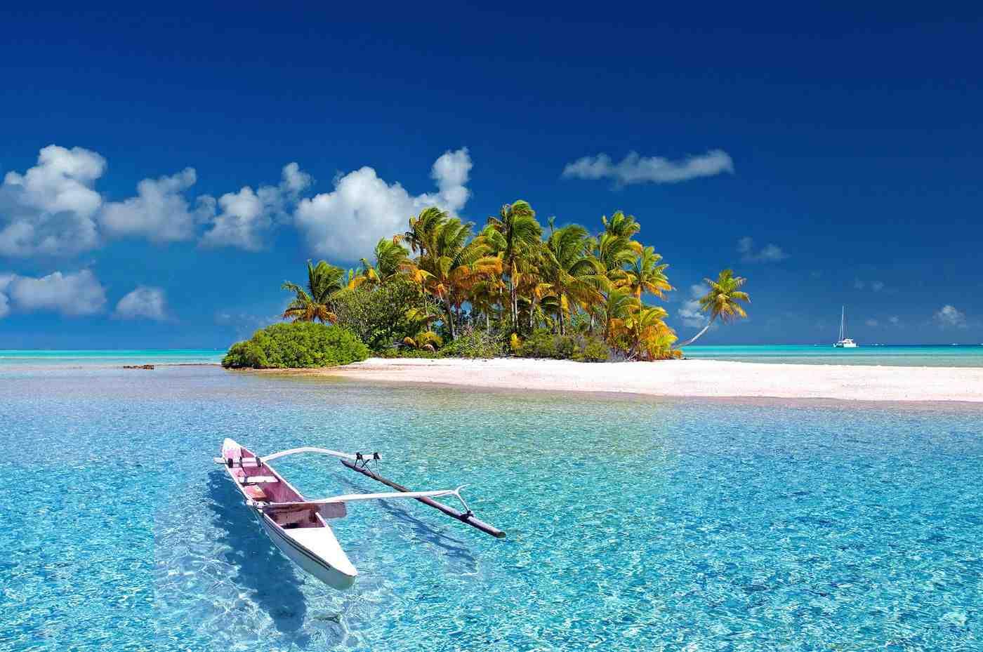 Can u live in Bora Bora?