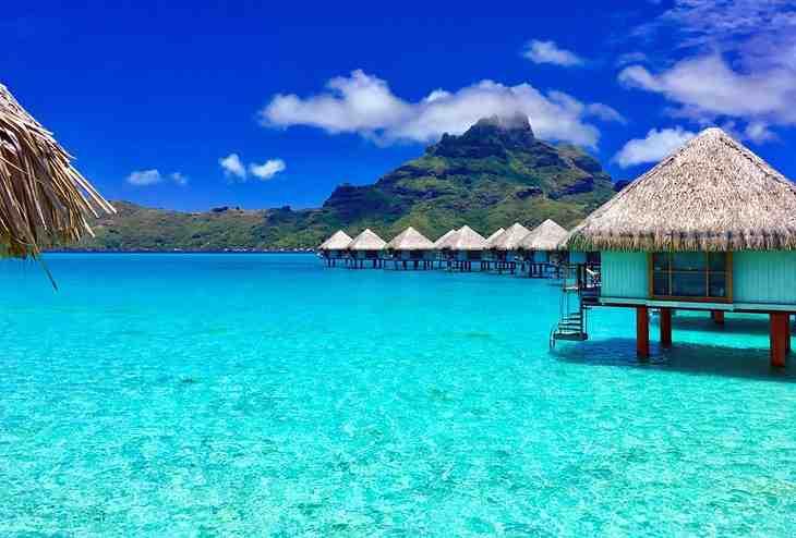 Is it cheaper to go to Bora Bora or Maldives?
