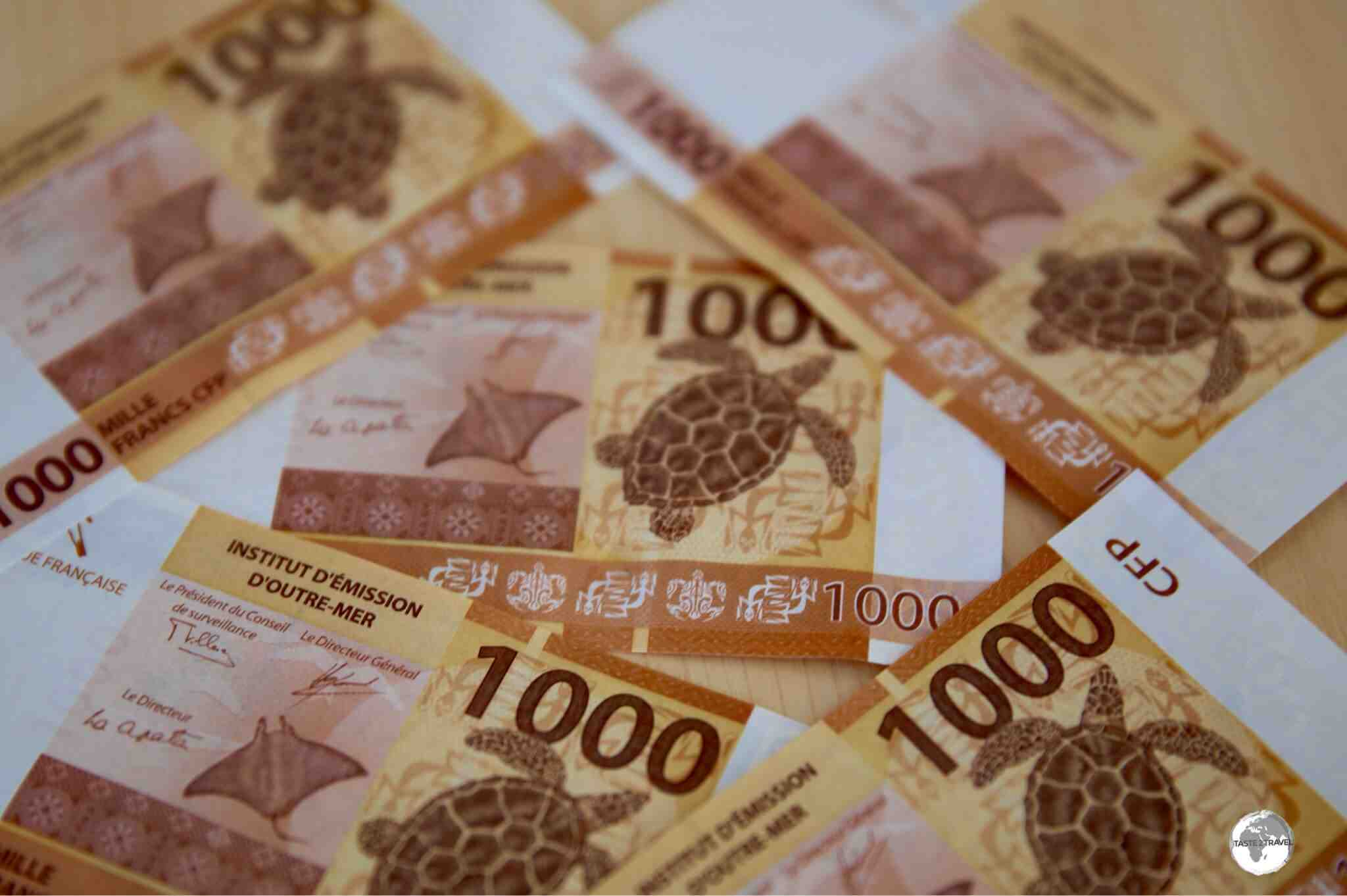 What is the best currency to take to Tahiti?