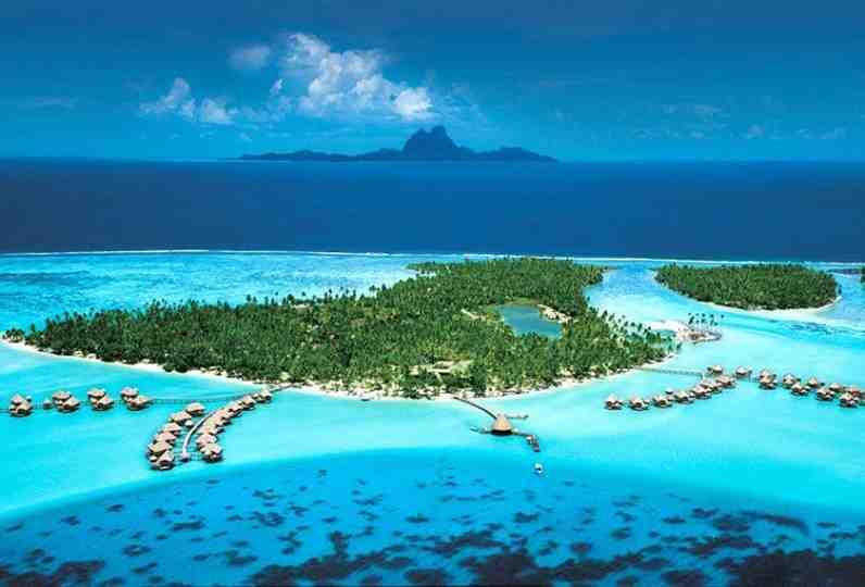 When should I go to French Polynesia?